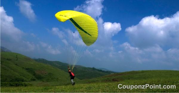 Kuttikanam Paragliding