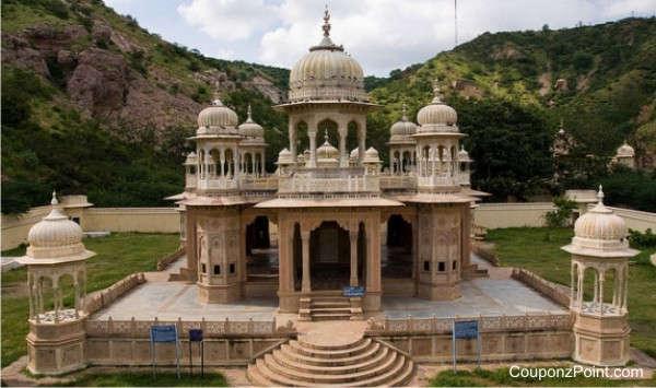 chhatris-gaitore-places-to-visit-in-jaipur