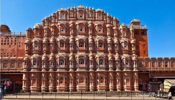 hawa-mahal-places-to-visit-in-jaipur