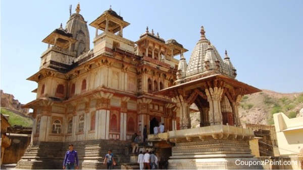 jagat-shiromani-temple-places-to-visit-in-jaipur