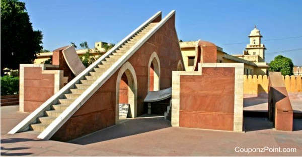jantar-mantar-places-to-visit-in-jaipur