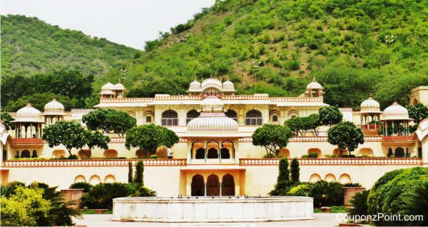 sisodia-rani-bagh-places-to-visit-in-jaipur